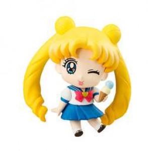 Usagi/Bunny Schuluniform Mini Figur (zwinkernd)